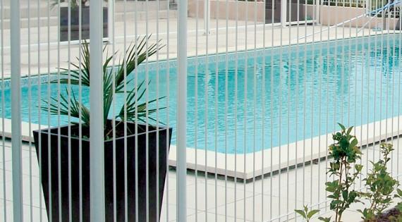 Barrières piscine OPALE - Panneaux rigides & Portillon